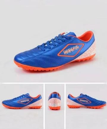 申亚足球鞋